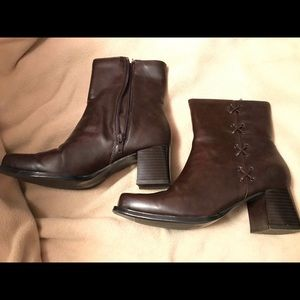 Mary-Kate and Ashley Ankle Boots